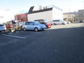 らくりーぶ21万願寺駐車場