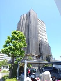 蓮生寺公園通り三番街第5号棟の外観画像