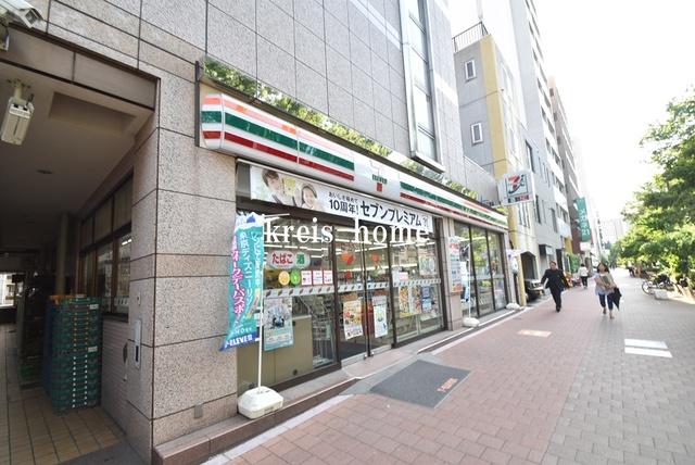 ステージグランデ早稲田[周辺施設]コンビニ