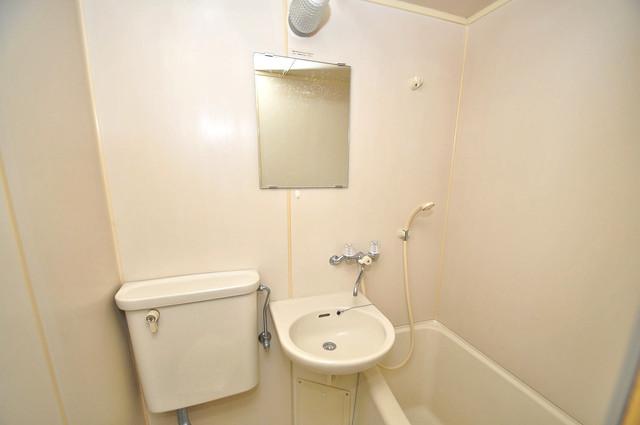 コルナス八戸ノ里 可愛いいサイズの洗面台ですが、機能性はすごいんですよ。