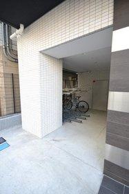 シーネクス千代田岩本町駐車場
