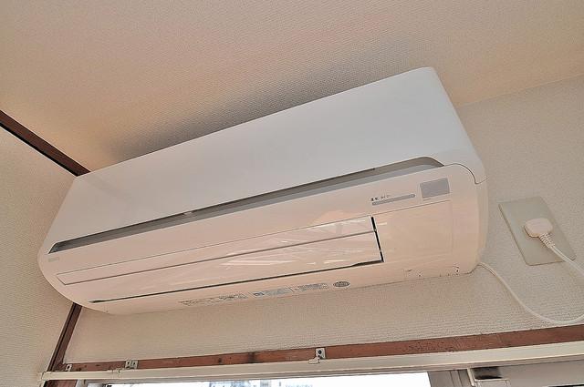 エルドムス陽光一番館 エアコンが最初からついているなんて、本当に助かりますね。