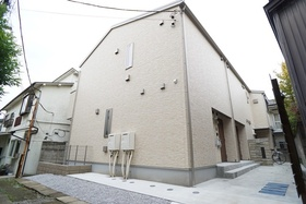 https://image.rentersnet.jp/ea778177-89f7-479b-baf1-27e34e4a8d49_property_picture_3276_large.jpg_cap_外観