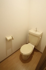 トイレ(コンセントあり)!