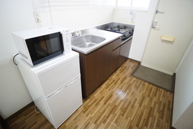 https://image.rentersnet.jp/ea96a211-bddd-4e65-9691-bf2419f4cd2c_property_picture_956_large.jpg_cap_キッチン