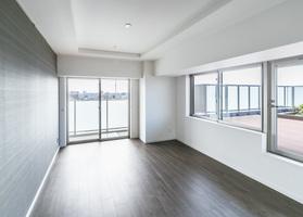 https://image.rentersnet.jp/eaeb73f7-77a1-4d76-a297-d80972b71430_property_picture_2418_large.jpg_cap_居室
