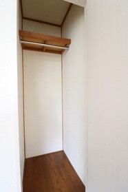 COMMODE山王 106号室
