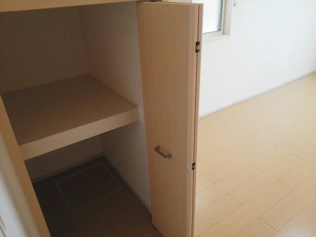 クリスタルガーデン カラー もちろん収納スペースも確保。おかげでお部屋の中がスッキリ。