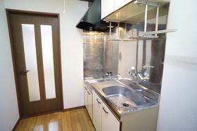 https://image.rentersnet.jp/eb39bdfe-8275-437a-90e4-cbd8ab89da58_property_picture_956_large.jpg_cap_キッチン