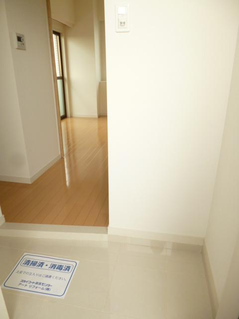 スカイコート豊島南長崎玄関