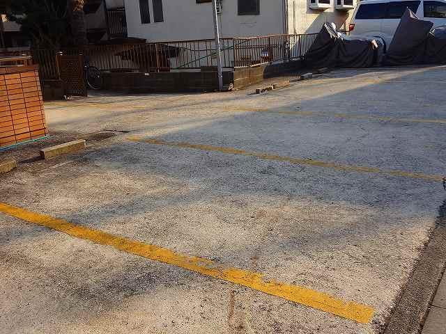 ツカヤマコートA駐車場