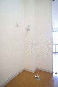 エスポアール雪谷 105号室