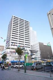 https://image.rentersnet.jp/ec3ca4e0-bdaa-4516-ab1b-d88676644a63_property_picture_962_large.jpg_cap_パレール