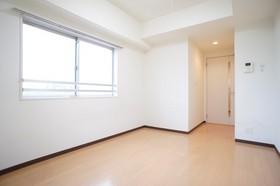 https://image.rentersnet.jp/ec85a920-80b3-4bbe-95ed-d9aaae30bac9_property_picture_961_large.jpg_cap_洋室7.8帖