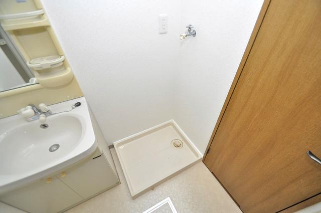 カーサ山野 洗濯機置場が室内にあると本当に助かりますよね。