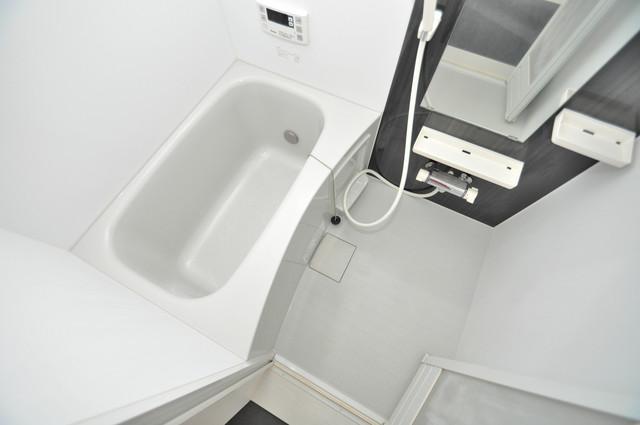 クロスレジデンス布施 ちょうどいいサイズのお風呂です。お掃除も楽にできますよ。