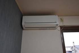 https://image.rentersnet.jp/ed875f40-1c1c-402d-ac00-c37aa682032f_property_picture_9494_large.jpg_cap_内装
