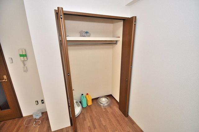 アネックスサンタオ 各部屋に収納があるので、お荷物が多い方も安心ですね。