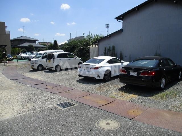 エクセレント駐車場