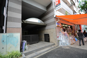 目黒駅 徒歩10分エントランス