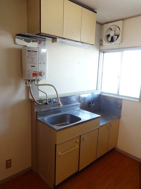 尾原荘キッチン