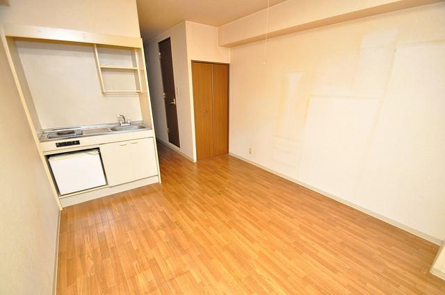 グランメール高井田 明るいお部屋はゆったりとしていて、心地よい空間です