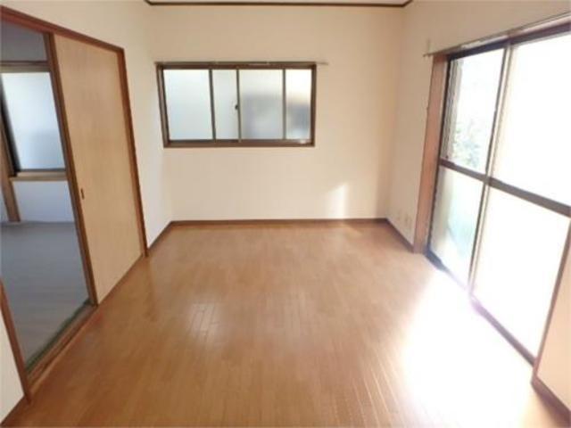立川貸家居室