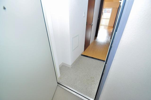 コート グランシャリオ シューズボックス完備で玄関周りがスッキリ。