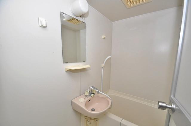 レトワール小路 可愛いいサイズの洗面台ですが、機能性はすごいんですよ。