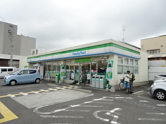 ファミリーマート堺錦綾町店