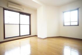 https://image.rentersnet.jp/ef91193e-319b-42f0-91ab-6f5f7811ff96_property_picture_2987_large.jpg_cap_居室
