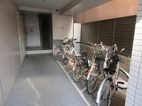スパシエ八王子クレストタワー駐車場