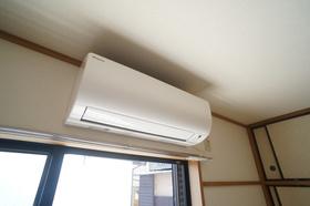 https://image.rentersnet.jp/eff7e955-8a8e-44b6-bd17-67c2ff9fc23a_property_picture_2409_large.jpg_cap_★エアコン★
