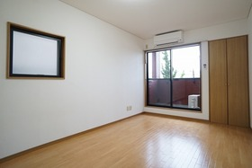 https://image.rentersnet.jp/f0057057-68b2-4dbc-8f15-270d43ae6575_property_picture_956_large.jpg_cap_居室