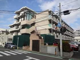 ビートルズスクエアー横浜の外観画像