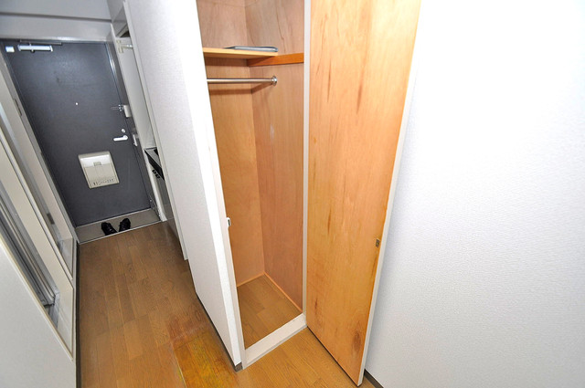 ラフォーレ菱屋西 コンパクトながら収納スペースもちゃんとありますよ。