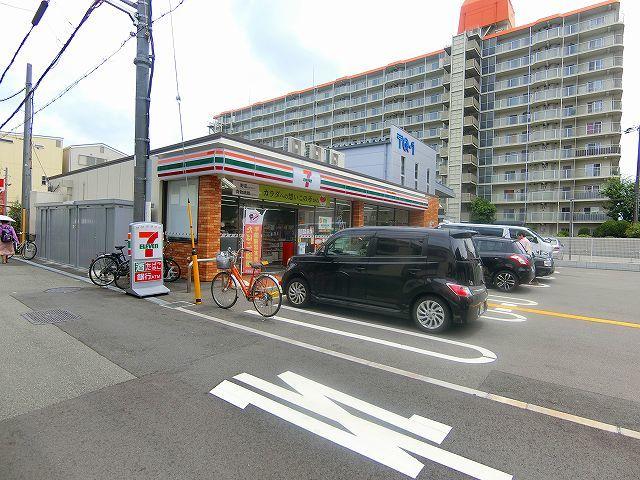 セブンイレブン大阪三国本町2丁目店