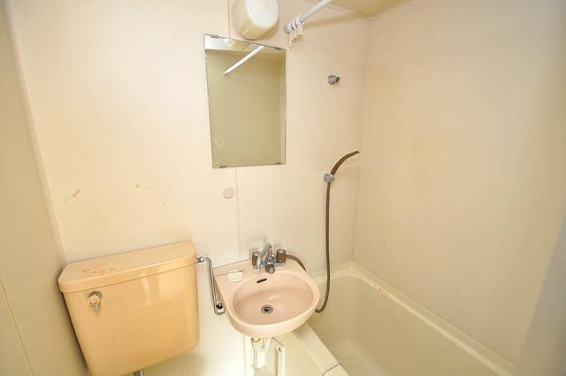 ムーンシングルエイト 可愛いいサイズの洗面台ですが、機能性はすごいんですよ。