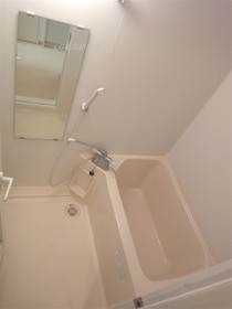 https://image.rentersnet.jp/f15af271d56833e74e9127712183f703_property_picture_2418_large.jpg_cap_浴室!