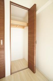 三榮マンション第一 205号室