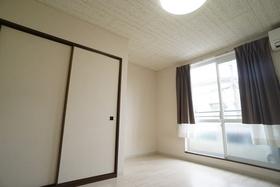 https://image.rentersnet.jp/f1962a4f-981f-4ea6-81e7-a4ee3a388600_property_picture_956_large.jpg_cap_居室