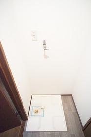 https://image.rentersnet.jp/f1a1bbca-36b2-44a9-b873-be728be1ae45_property_picture_2987_large.jpg_cap_※別部屋の参考写真