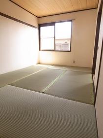 日本人ならやっぱり和室は必要でしょ!