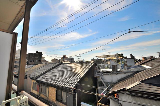 東大阪市足代北1丁目の賃貸マンション この見晴らしが日当たりのイイお部屋を作ってます。