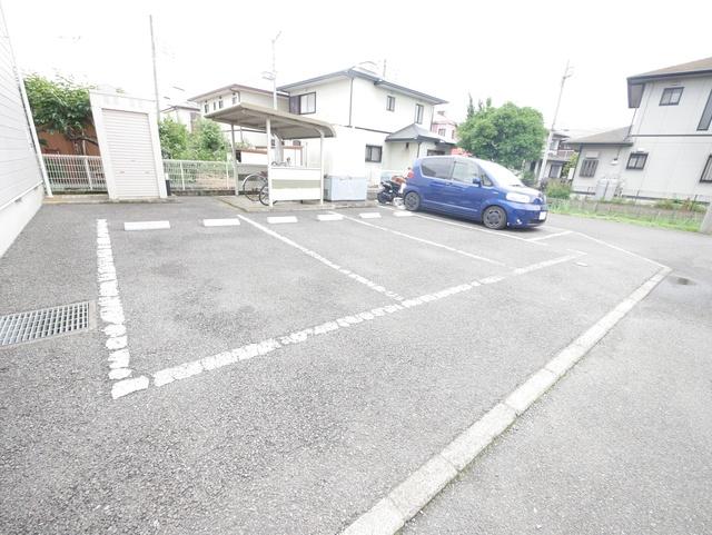 本厚木駅 バス10分「金田下宿」徒歩6分駐車場