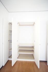 6.5帖洋室の収納
