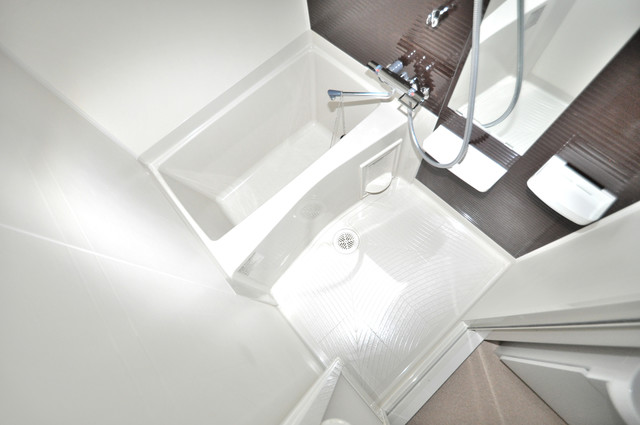 Luxe今里Ⅱ ちょうどいいサイズのお風呂です。お掃除も楽にできますよ。