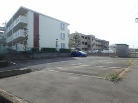 ラフォーレ5駐車場