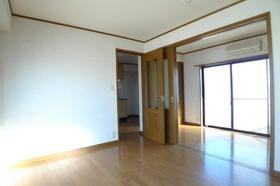 ハイツ白山中央 302号室