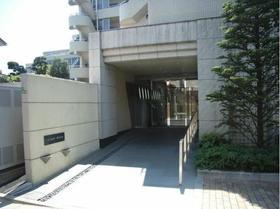 東北沢駅 徒歩3分エントランス